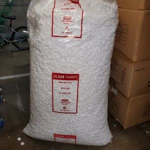 Uline peanuts 20 cubic feet for Sale in Santa Ana, CA