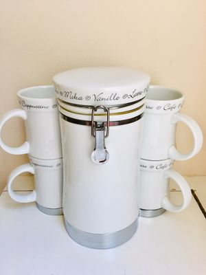Five pieces of set (4 cups and 1 storage container) for Sale in Edmonds, WA
