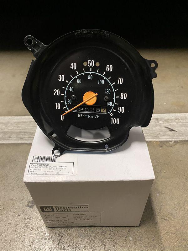 1976-1979 Chevy GMC Squarebody speedometer OEM
