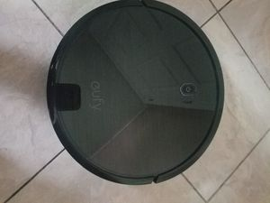 Gufy robo vac 11s robotic vacuum cleaner for Sale in Affton, MO