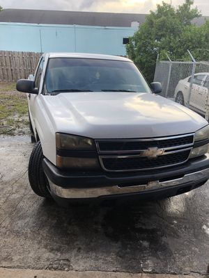2007 Chevy Silverado for Sale in Dania Beach, FL