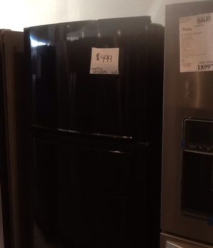 New open box whirlpool refrigerator WRT518SZFB for Sale in Whittier, CA