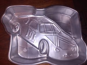 Assortment of vintage cake pans. for Sale in Creve Coeur, IL