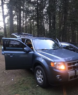 Ford Escape limited for Sale in Gig Harbor, WA