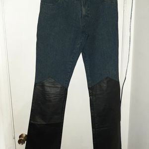 DKNY Jeans With Leather Trim Size 29 for Sale in Woodbridge, VA