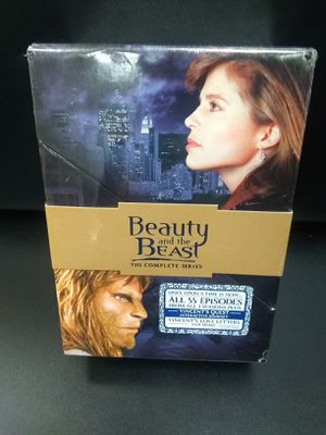 BEAUTY AND THE BEAST 55 EPISODES for Sale in Glendale, OH