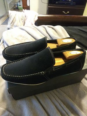 MEN'S NAVY BLUE SUEDE KENNETH COLE DRIVING LOAFER for Sale in San Leandro, CA