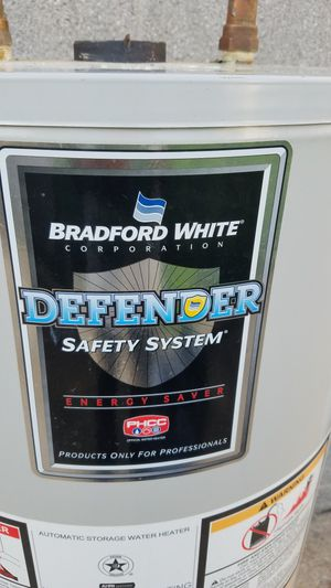 Bradford white hot water heater for Sale in Rosedale, MD