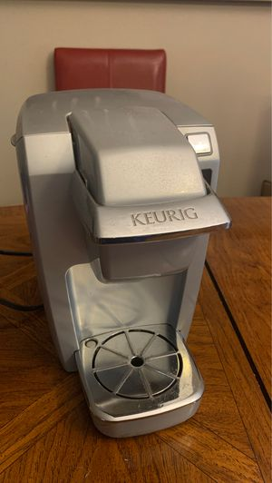 Keurig Coffee Maker for Sale in Renton, WA