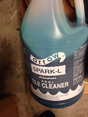 Pool tile cleaner. for Sale in Los Angeles, CA