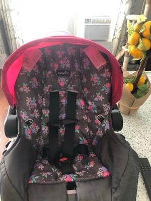 Infant Car seat for Sale in Naples, FL