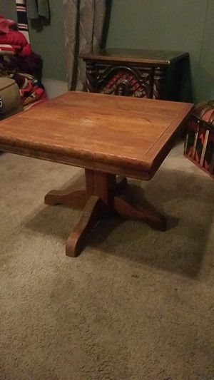 Small wooden coffee table for Sale in Columbus, OH