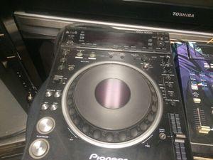 DJ Equipment 2 DVD & cd Turntables for the pair for Sale in Philadelphia, PA