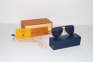 Louis Vuitton Ash Sunglasses for Sale in Claremont, CA