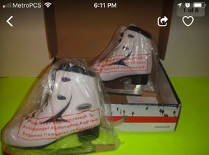 WOMEN ROCES ICE SKATE SIZE: US 8 DARK BLUE/WHITE. USED ONE TIME ONLY, LIKE NEW CONDITION. EU 39 UK 5 US 8. $60 OBO. for Sale in Boynton Beach, FL