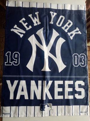 New York Yankees vertical flag. Made in the USA, by WINCRAFT for Sale in Rustburg, VA