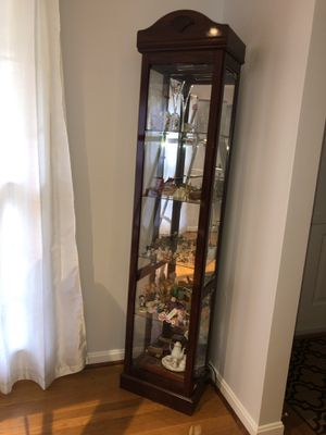 Display cabinet for Sale in Gaithersburg, MD
