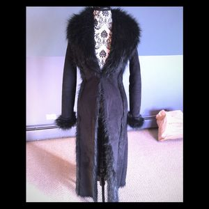 Floor length faux fur coat from Bebe women's size small for Sale in Tampa, FL
