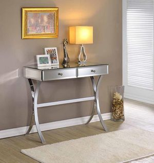 CLEAR MIRROR CONSOLE TABLE for Sale in Hialeah, FL