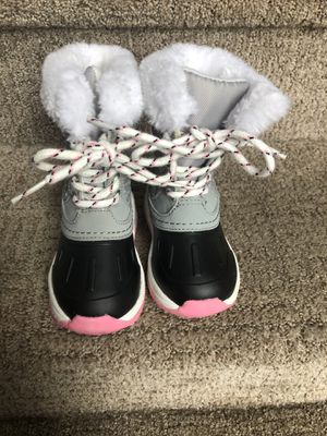 Carter's toddler girls snow boots for Sale in Warrington, PA