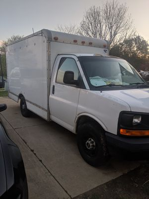 Chevy express 3500 for Sale in Middletown, OH
