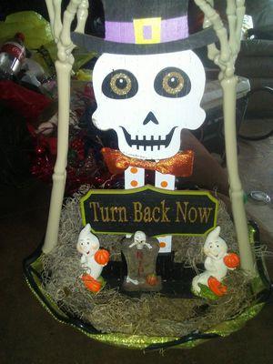 Halloween basket decor for Sale in West Monroe, LA