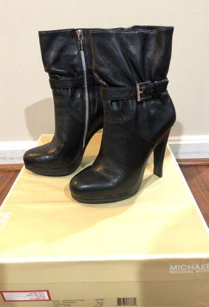 Women's Michael Kors heel size 6.5 for Sale in Laurel, MD