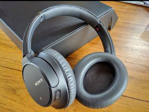 SONY Bluetooth Noise Cancelling Headphones for Sale in Sacramento, CA