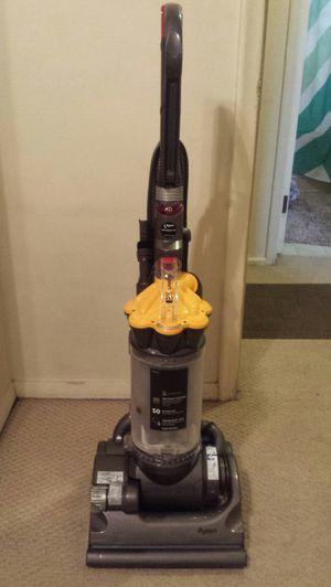 Dyson DC 33 vacuum for Sale in Roseville, MI