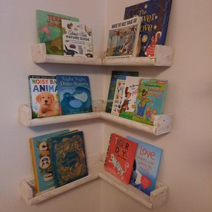Corner Bookshelves for Sale in Battle Ground, WA