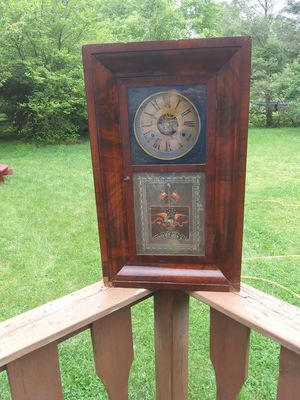 Antique clock for Sale in Mount Holly Springs, PA