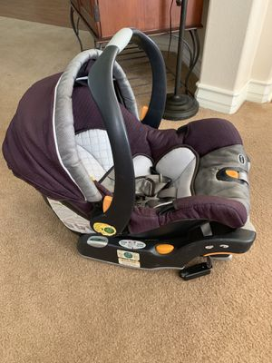 Chicco car seat and stroller bundle $60 OBO for Sale in Beaumont, CA