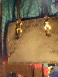 (Mk) original tote bag excellent condition for Sale in Yuma, AZ