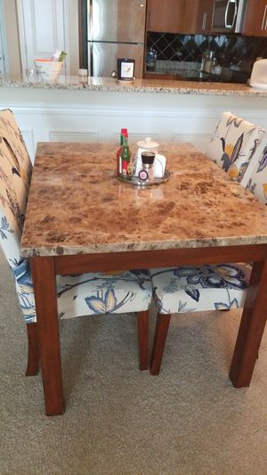 dining table, mesa de comedor for Sale in MONTGOMRY VLG, MD