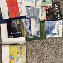 College Books In Perfect Condition for Sale in Winter Garden,  FL