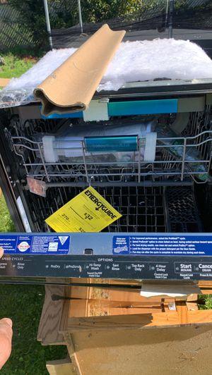 Brand new kitchenaid dishwasher model kdtm504epa2 $400 for Sale in Joliet, IL