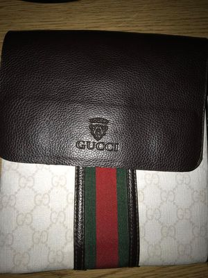 Gucci bag for Sale in Fairview, OR