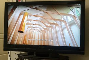 "Sony Brand TV 39"" x 25"" for Sale in Seffner, FL"