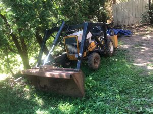 Garden loader tractor cuvecadet for Sale in Ansonia, CT