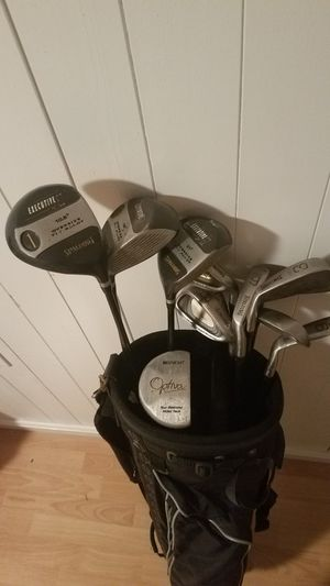 Executive golf clubs in Top Flite bag for Sale in Fairfax, VA