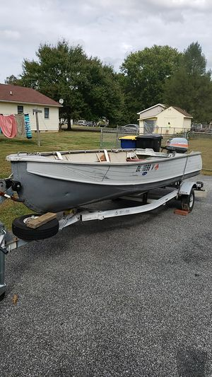 16 ft boat with motor, trailer and 2 new 6ft oars. for Sale in Felton, DE