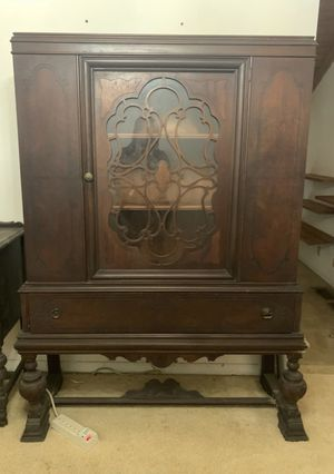 Antique China Cabinet for Sale in Decatur, GA