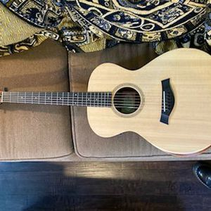 Taylor Electric Acoustic Guitar for Sale in Bremerton, WA