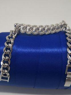 "New Bracelet . ,💖🎄🧿Million Diamonds.💓💎💕🌴Silver Tonе. Mail Only ❣️💝7""-sz Gift 🎁 for Sale in Needham,  MA"