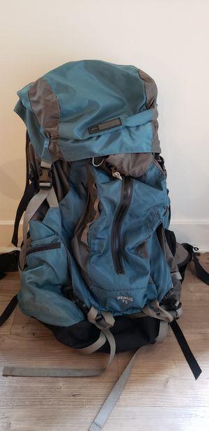 Womens 75 liter backpack for Sale in Bellevue, WA