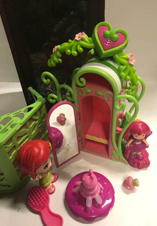 Strawberry Shortcake Playset
