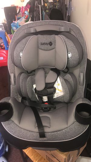 Safety 1st car seat! NEW !! for Sale in Seattle, WA