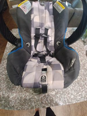 Evenflo infant car seat for Sale in Houston, TX