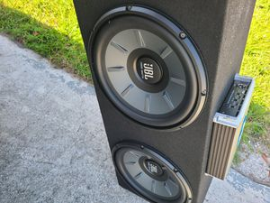 Jbl. Speakers1000 watt with 1500 amp watts for Sale in Riviera Beach, FL