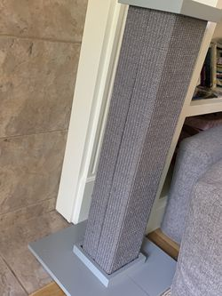 Scratch Post For Cats for Sale in Everett,  WA